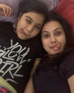 Kamya Punjabi daughter aara