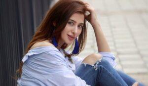 Mahira Sharma Images