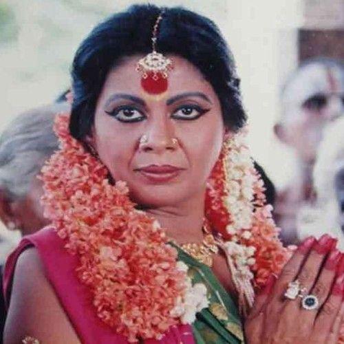 This image has an empty alt attribute; its file name is Aalia-Furniturewallas-maternal-grandmother-Protima-Bedi.jpg
