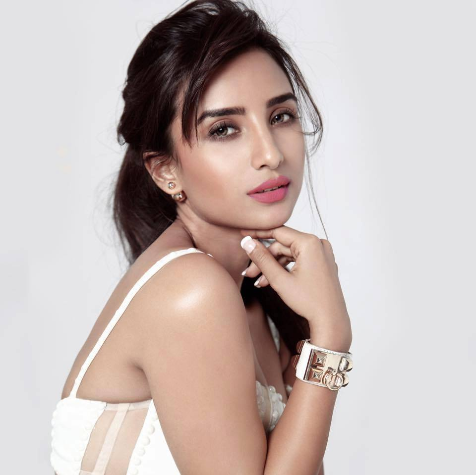 This image has an empty alt attribute; its file name is Patralekha-2.jpg