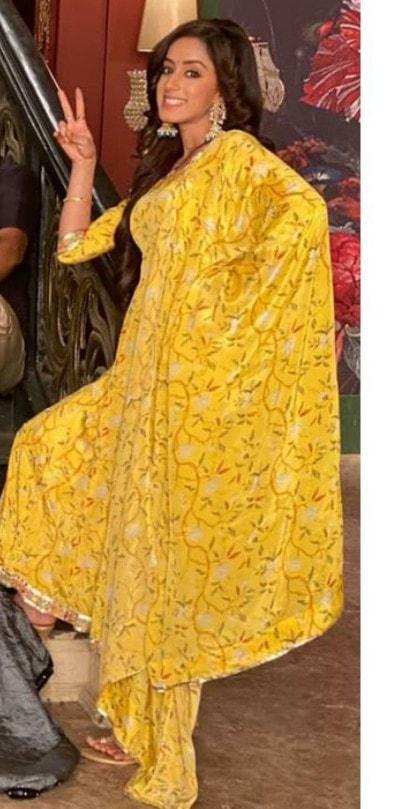 Sargun Kaur Luthra Age, Family, Boyfriend, Biography