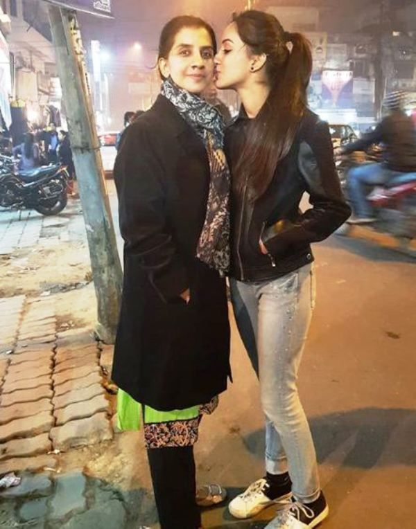 This image has an empty alt attribute; its file name is Sargun-Kaur-Luthra-with-Her-Mother.jpg
