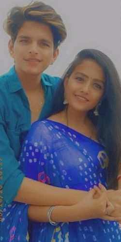 This image has an empty alt attribute; its file name is Vaishnavi-Chaitanya-and-her-Brother.jpg